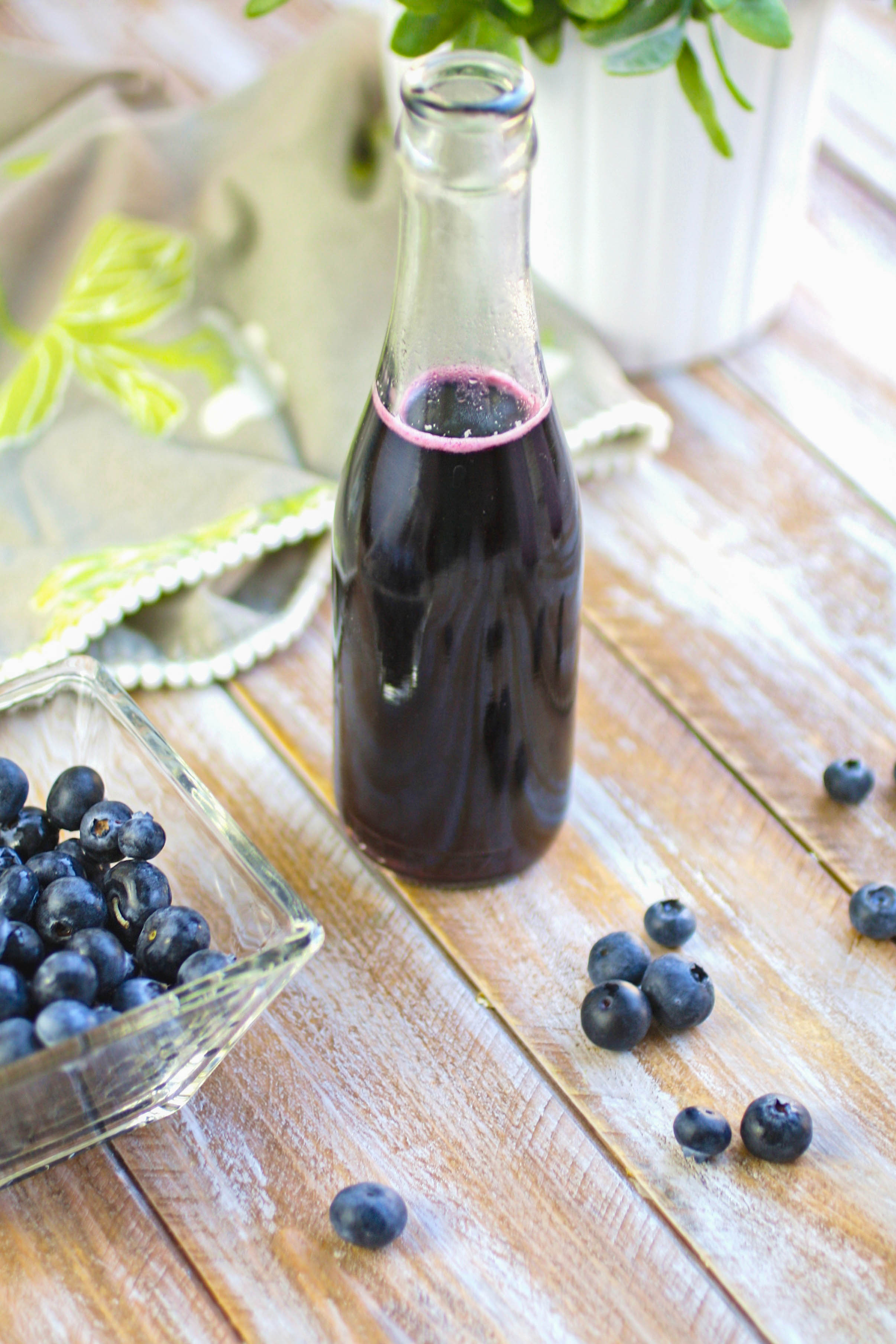 Blueberry Italian Cream Soda drinks are easy to make with your own blueberry syrup. Blueberry Italian Cream Soda drinks are fruity, pretty, and so tasty!