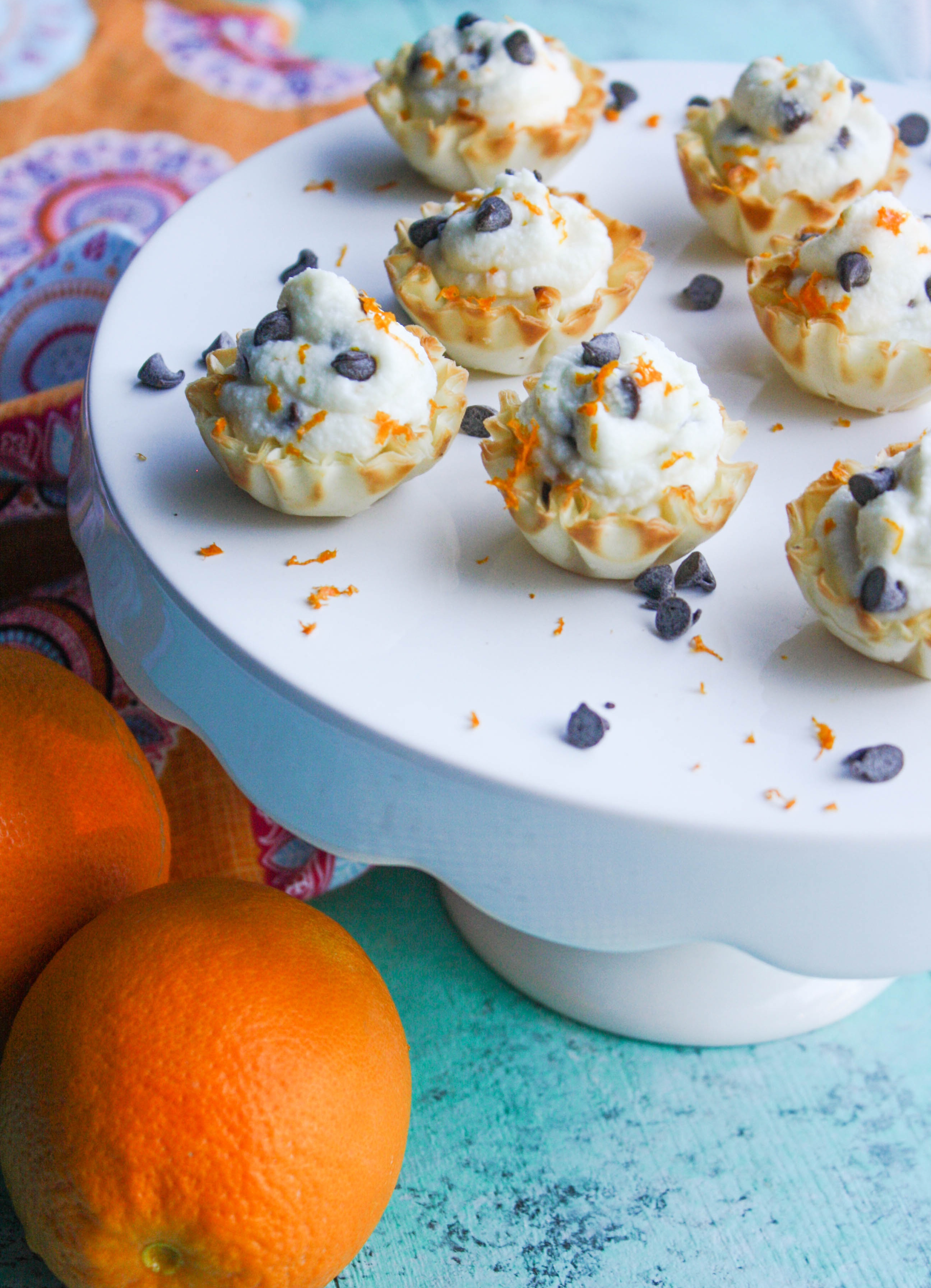 Easy Chocolate Chip-Orange Cannoli Cups are fun to serve for your next party! You'll love these easy-to-make cannoli cups!