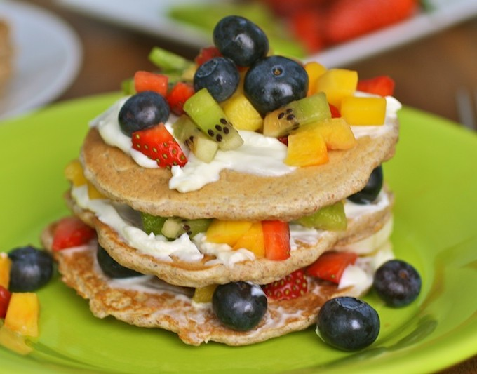 Flaxseed Pancakes with Mascarpone Spread and Fruit