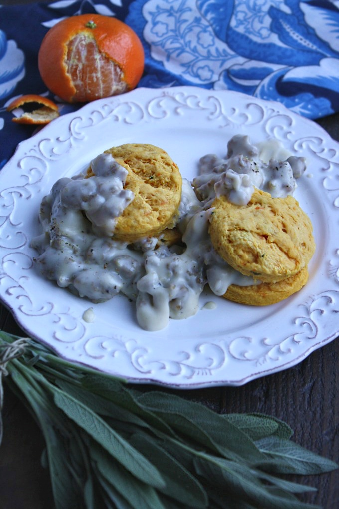 What a delicious (and easy-to-make) dish, perfect for the season: Sausage Gravy with Sweet Potato-Sage Biscuits!