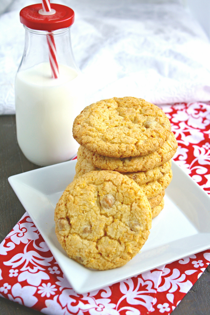 These Spicy Caramel & Corn Cookies are different and definitely delicious. A must try!