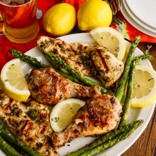 Jerk chicken makes a delicious meal. It's quite easy to make, too.