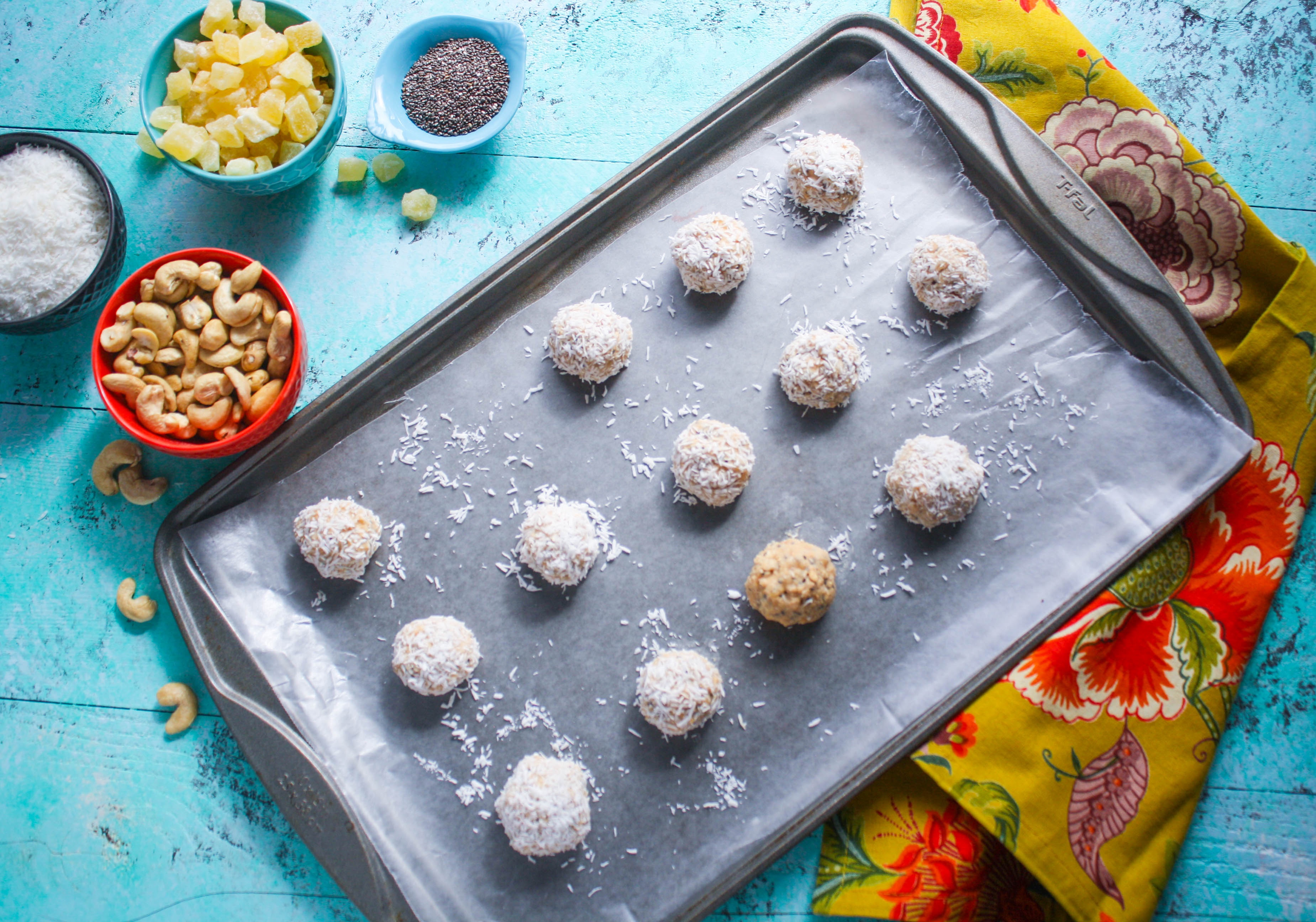 No bake coconut, cashew, and pineapple energy bites make a fabulous snack! These no bake bites are a real treat!