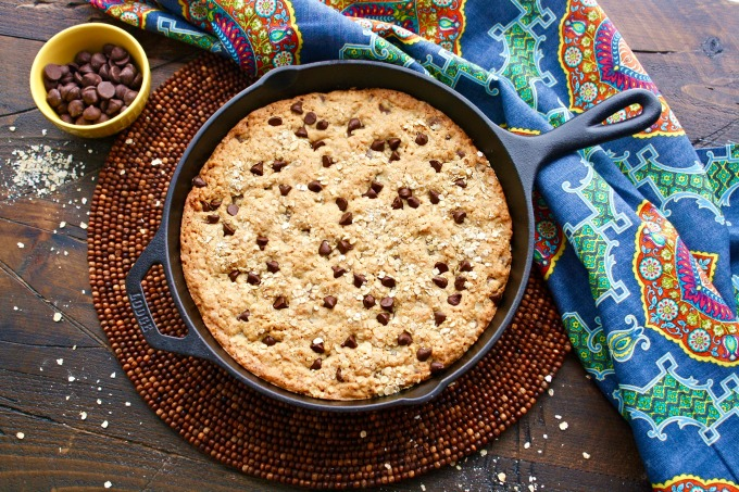 This Oatmeal-Chocolate Chip Skillet Cookie is a fun way to start the week!