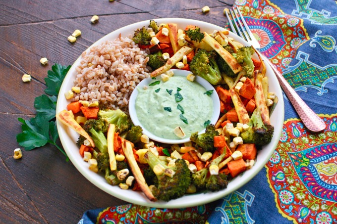 Healthy, flavorful and filling is the way to describe this Roasted Vegetable and Farro Green Goddess Bowl recipe!