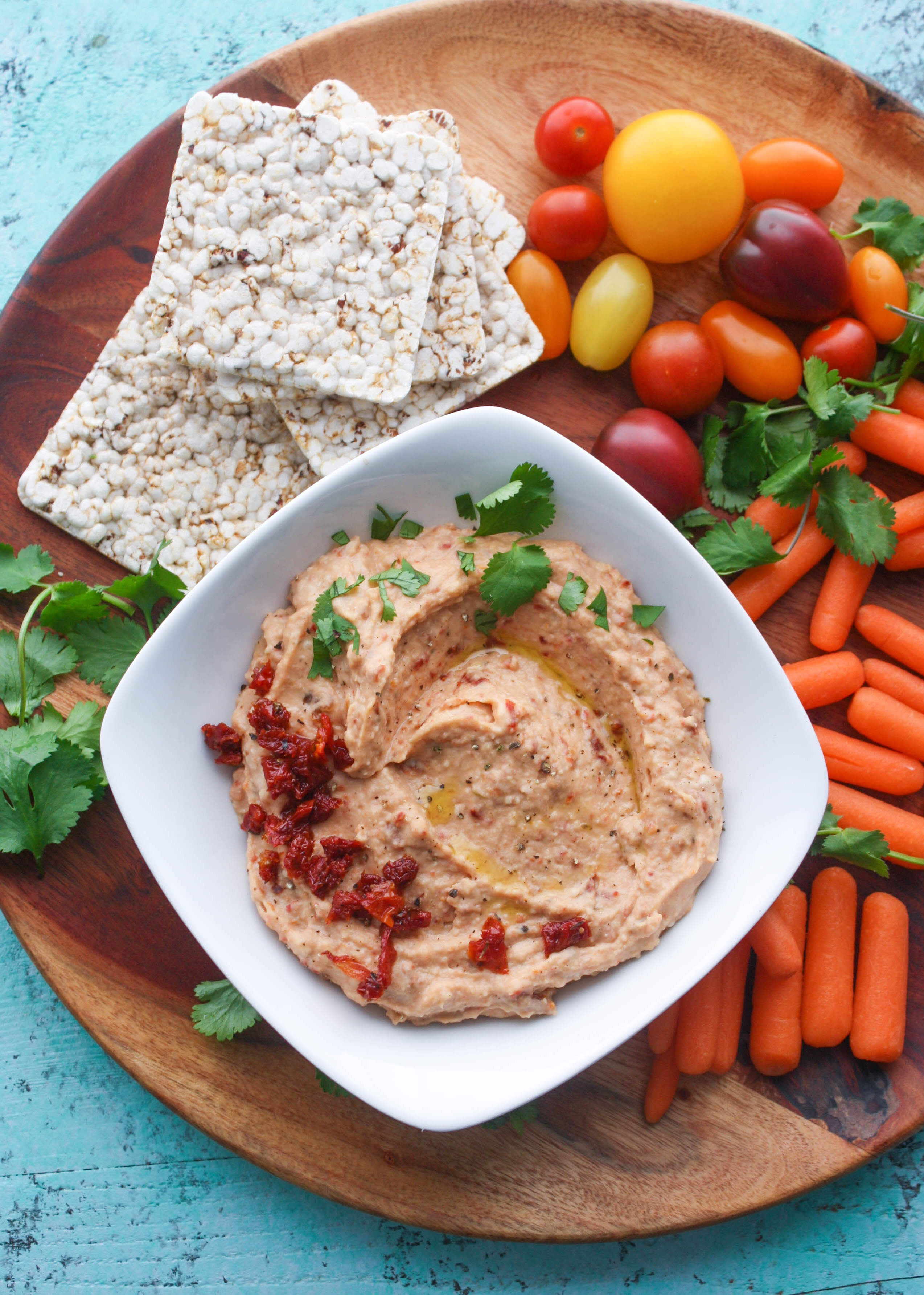 Roasted Garlic and Sun-Dried Tomato Hummus and FAGE Total Split Cups make wonderful snack options. Roasted Garlic and Sun-Dried Tomato Hummus and FAGE Total Split Cups are perfect for snack time!