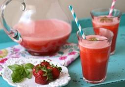 Strawberry Agua Fresca