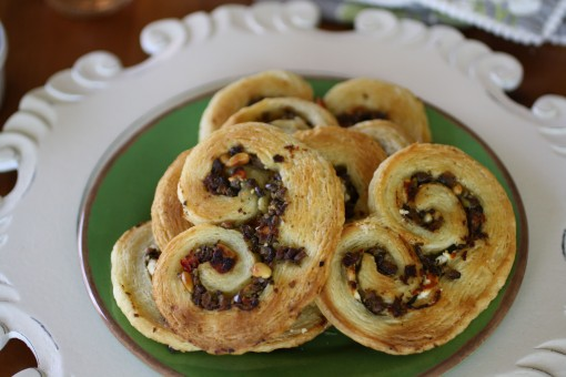 Recipe for Savory Olive and Goat Cheese Plamiers