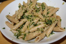 Penne with arugula pesto