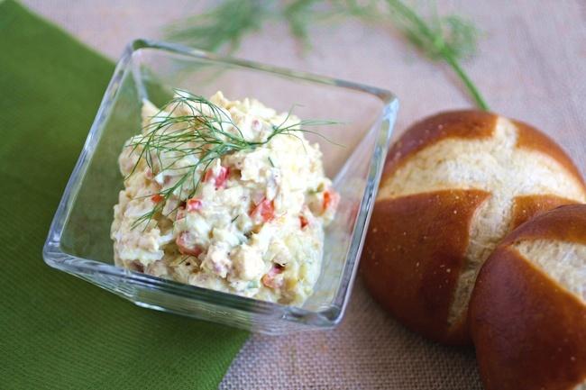 Enjoy Tuna and Egg Salad with Fennel on a roll