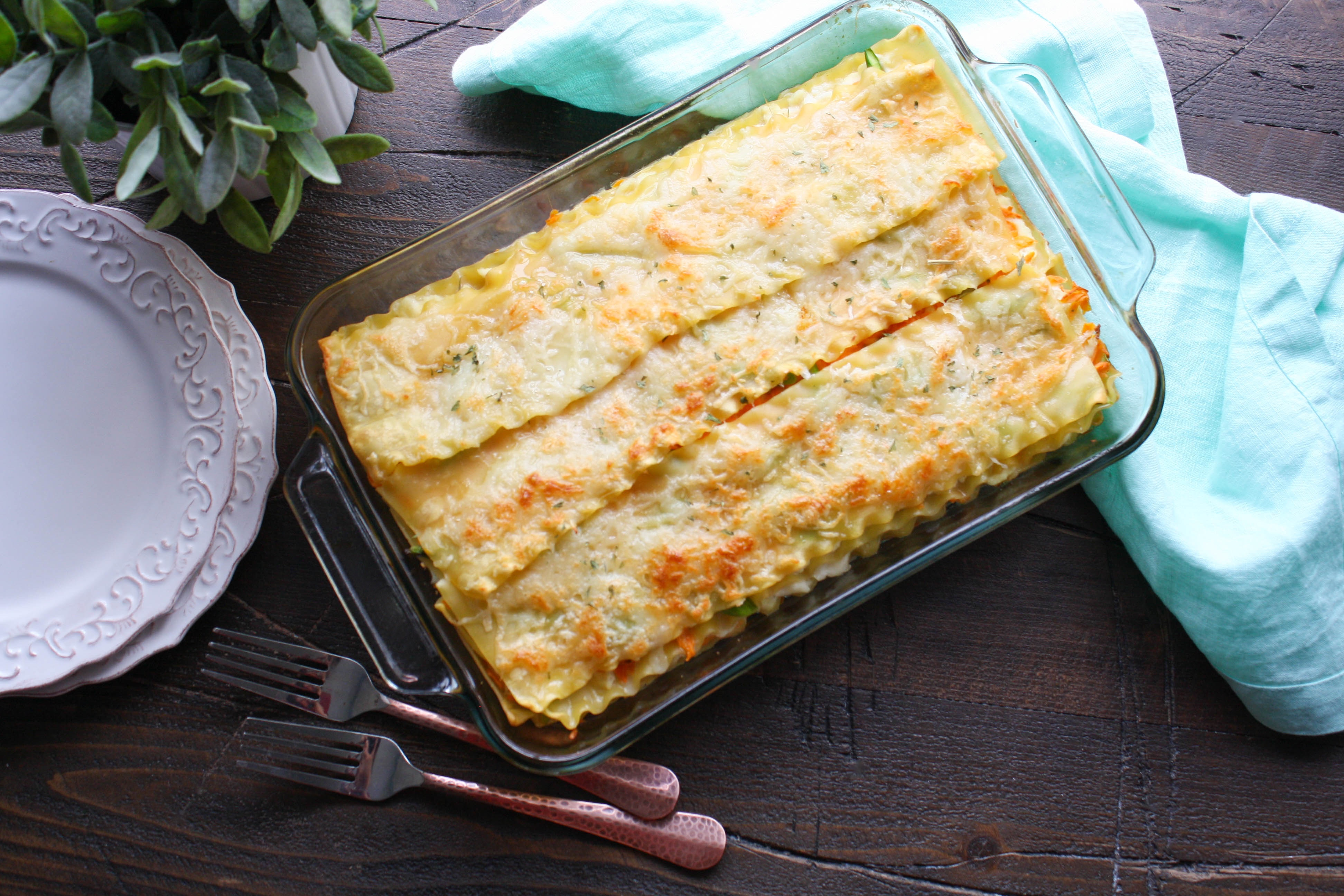 Asparagus and Sweet Potato Lasagna is a fabulous meal everyone will love. Asparagus and Sweet Potato Lasagna is creamy and colorful, and super tasty!