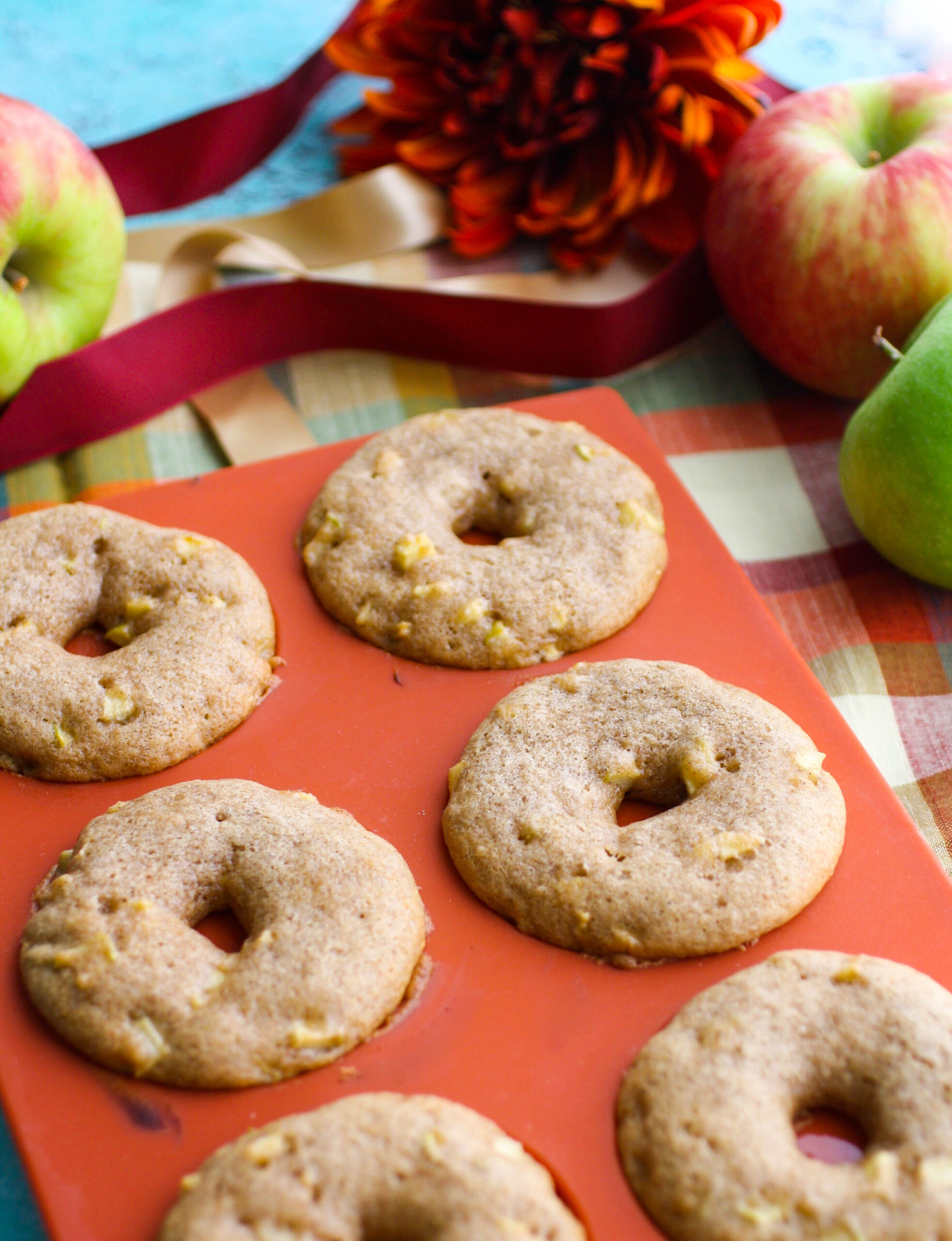 Bake up a batch of Baked Apple Cider Donuts this season!