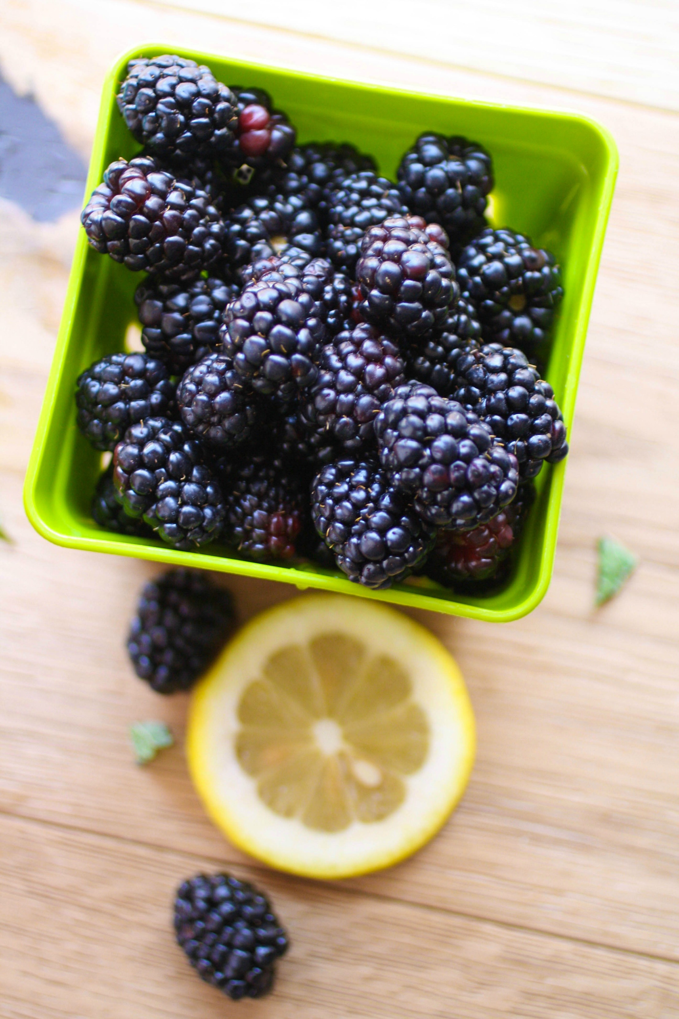 Blackberry Buck Cocktail is an amazing warm-weather drink! This cocktail is easy to make with just a few ingredients.