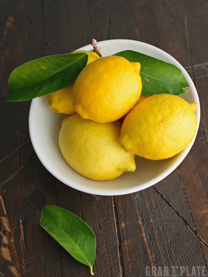 Nothing beats a bowl of beautiful and fragrant lemons.