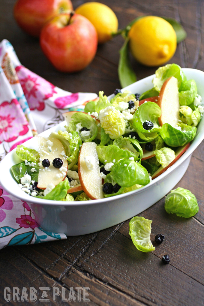 7 Salads That Don't Include Romaine make great salads for any meal. One for every night of the week: 7 Salads That Don't Include Romaine!