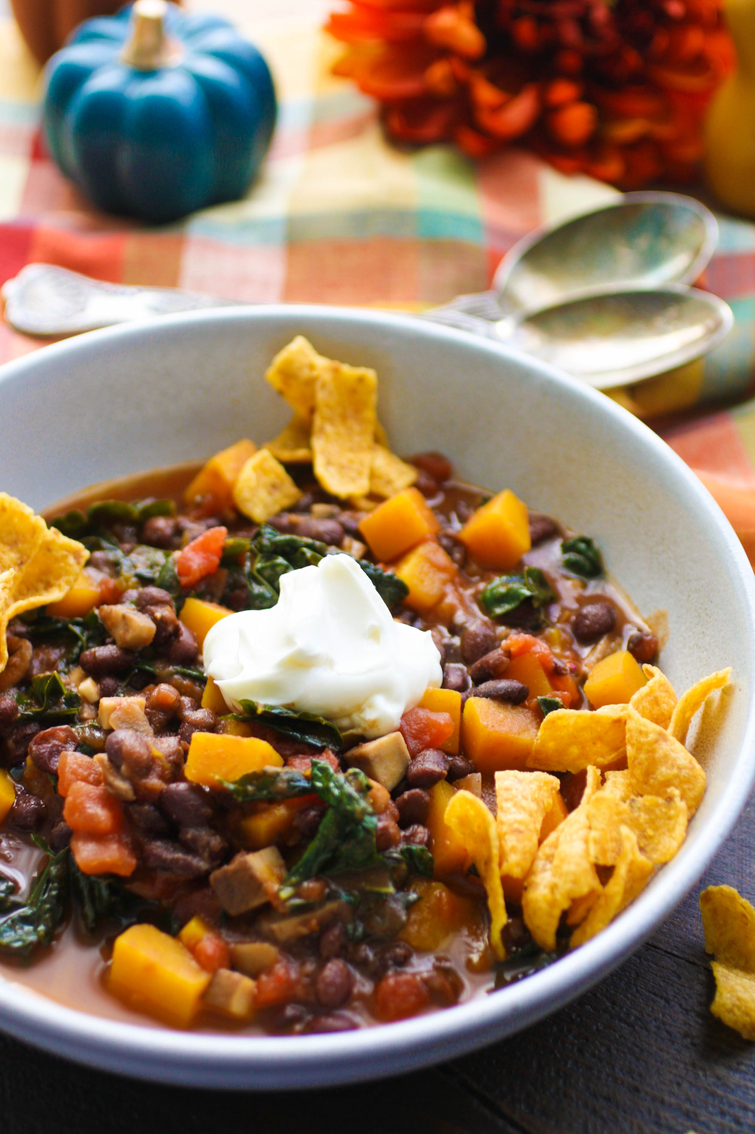 Don't forget the sour cream and corn chips for this Butternut Squash and Black Bean Chili with Mushrooms & Kale! You'll love all the ingredients in Butternut Squash and Black Bean Chili with Mushrooms & Kale.