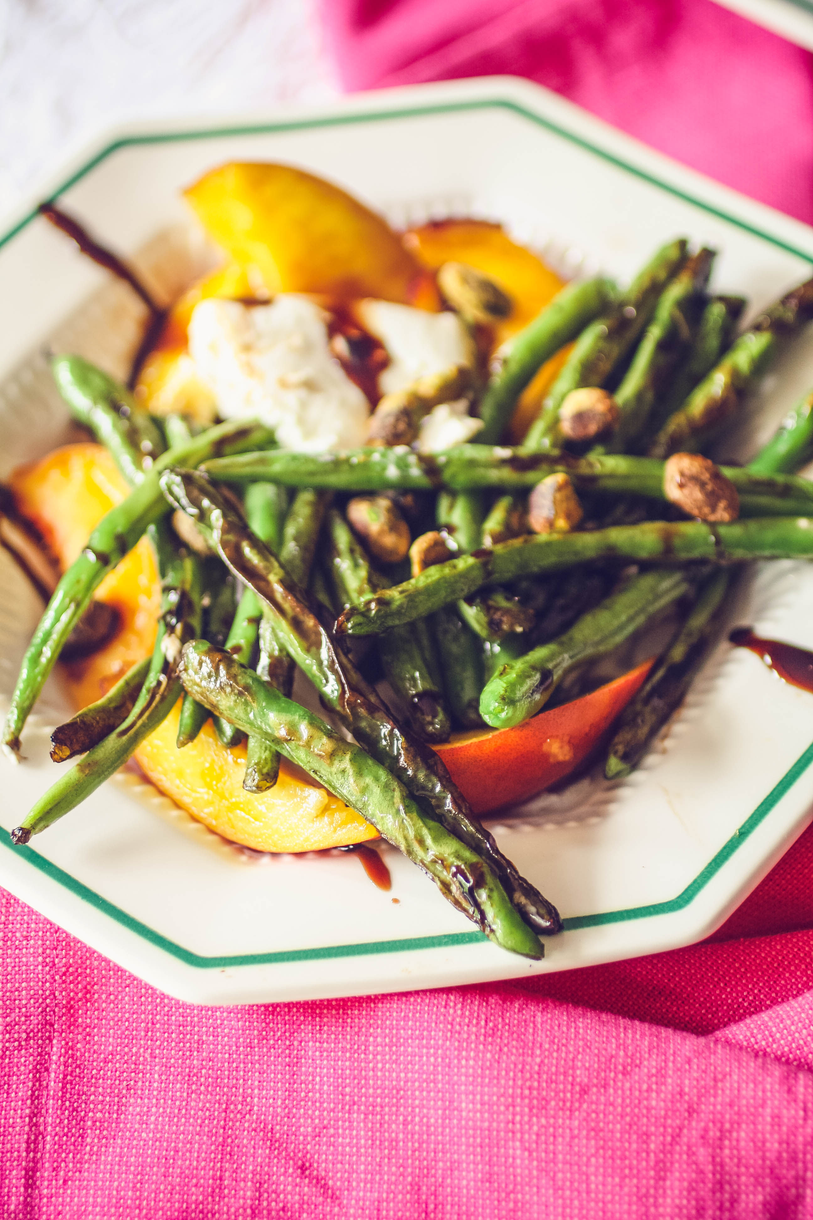 Charred Green Beans with Burrata and Peaches makes a delightful summer salad! Charred Green Beans with Burrata and Peaches is a lovely salad to serve this summer.