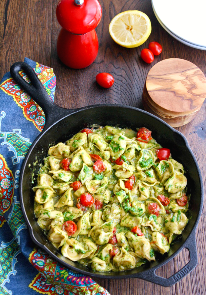 Creamy Skillet Tortellini with Arugula Pesto is a delicious dish. It's so easy to make, too.