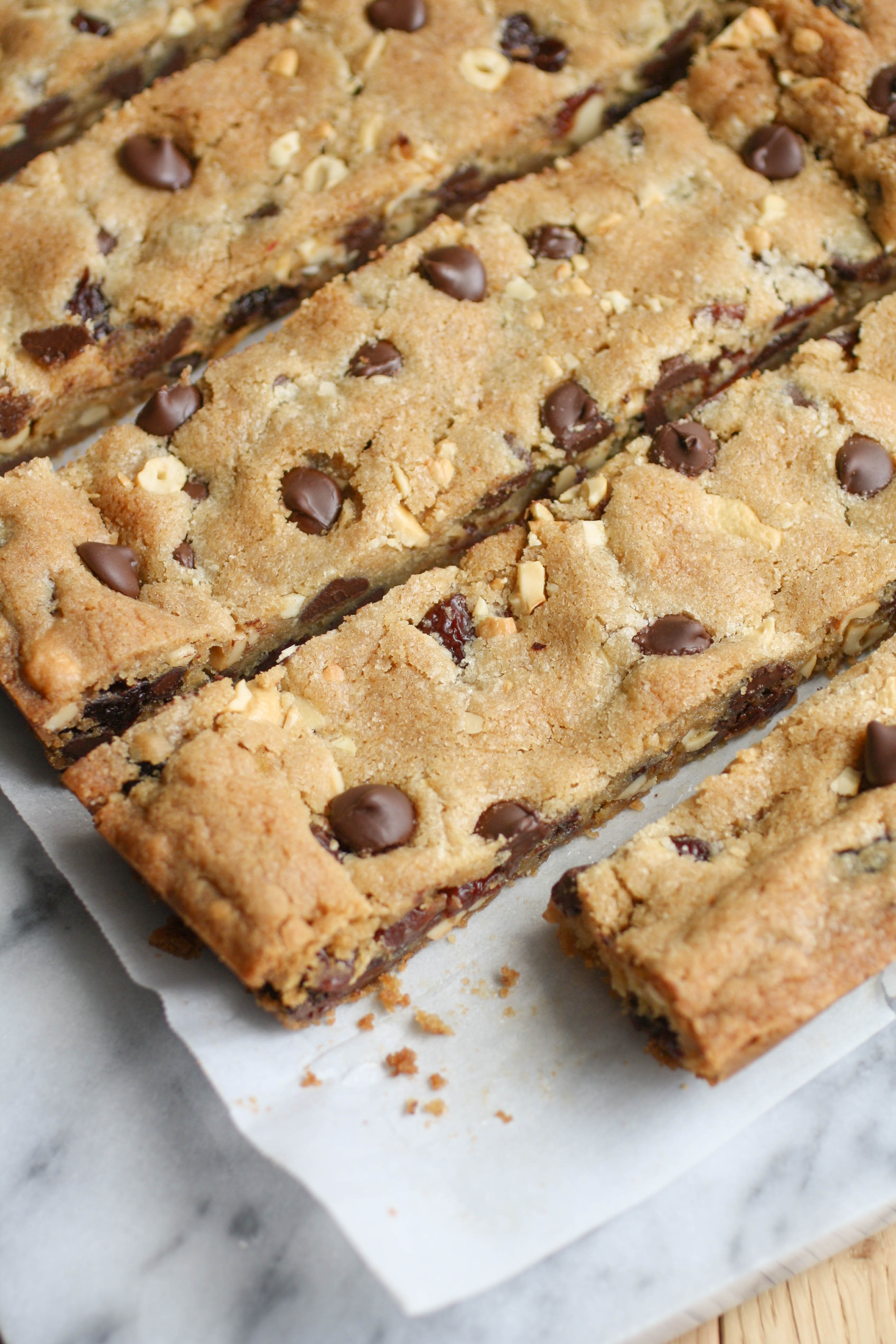 Dark Chocolate Chip Cherry Cashew Bars are so delightful! Keep 'em from the kids (or share if you'd like!) and enjoy them yourself!