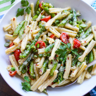 Pasta Primavera in Light Cream Sauce is a lovely dish with great veggies included! Pasta Primavera in Light Cream Sauce makes a lovely meal.