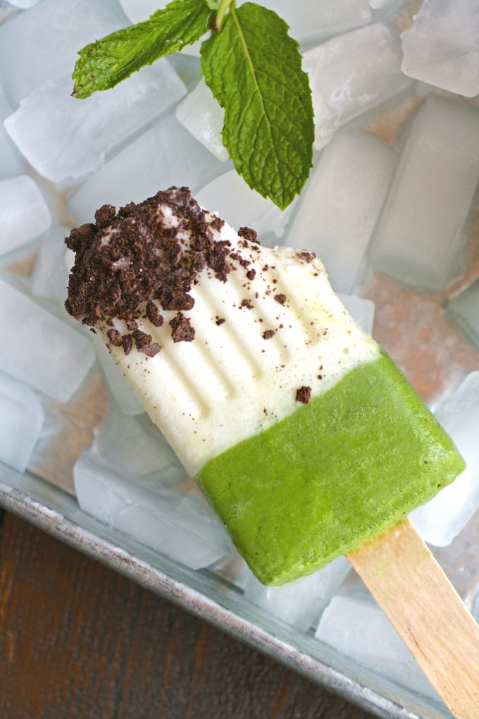 These Minty Grasshopper Frozen Yogurt Pops will be a welcome, healthier treat!