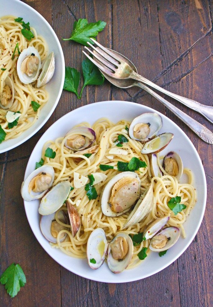Twirl up a forkful of Spaghetti alle Vongole (Spaghetti with Clams) for a delightful (and easy-to-make) meal!