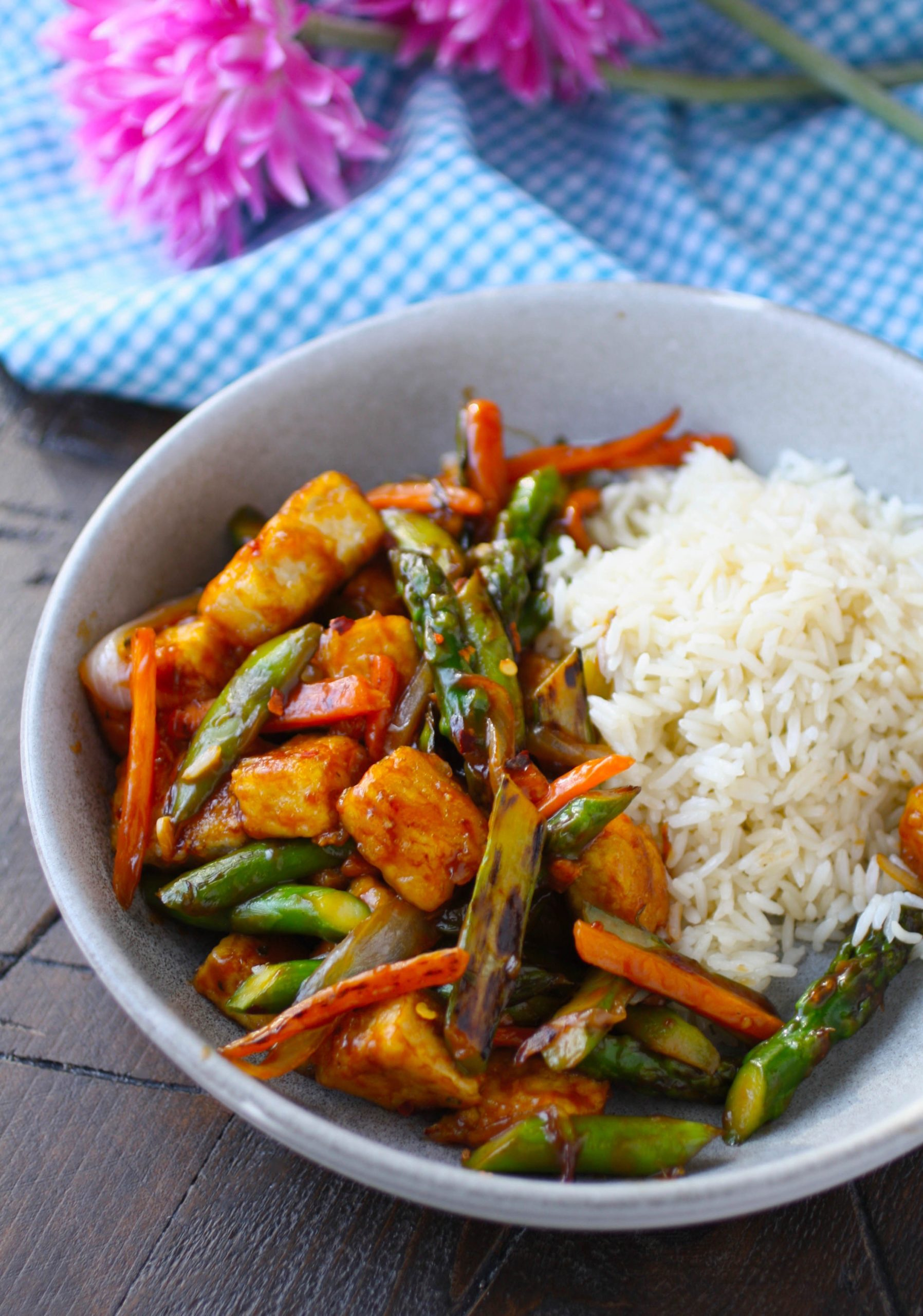Stir-Fried Tofu and Vegetables is filling, colorful, and flavorful!