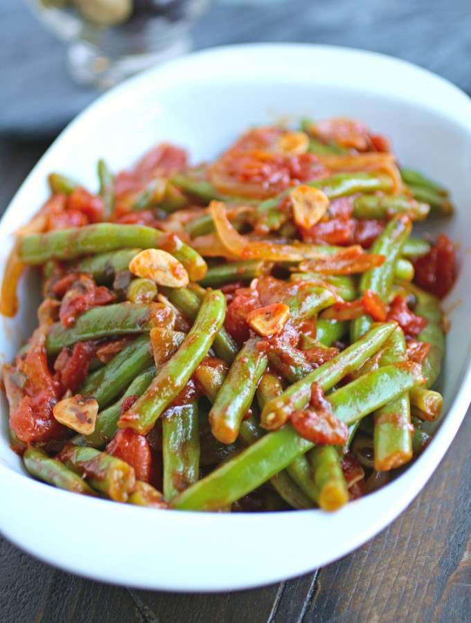 Fresh is best for this side dish of Green Beans in Tomato Sauce.
