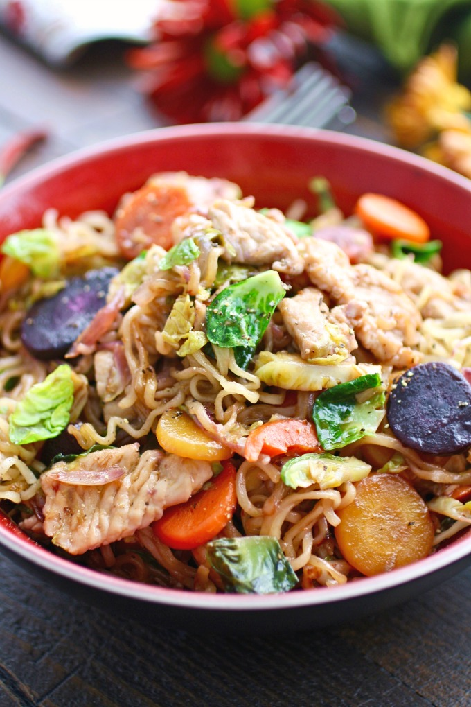 There are all sorts of traditional ingredients in Turkey Stir-Fry with Noodles in Chili-Orange Sauce: a classic-with-a-twist meal, perfect for Thanksgiving!