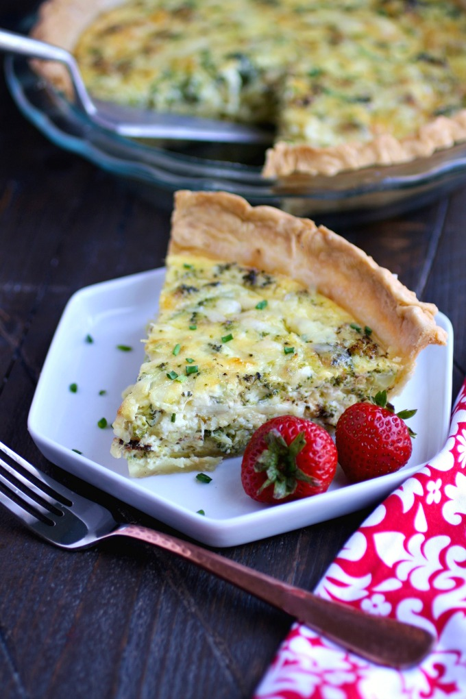 You'll want to dig in and devour this Roasted Broccoli and Swiss Quiche!