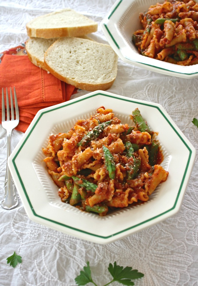 Pasta with Asparagus and Pancetta makes a great meal!