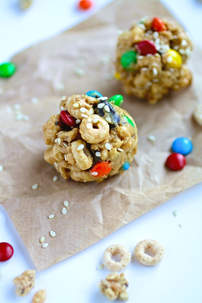 No-Bake Monster Cereal Bites are a treat everyone will enjoy! Easy to make, fun to eat!