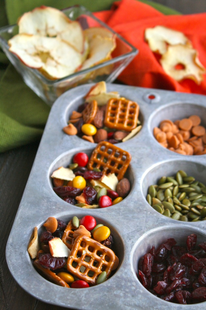 The perfect snack: Homemade Apple Chip Trail Mix is full of flavor and crunch!