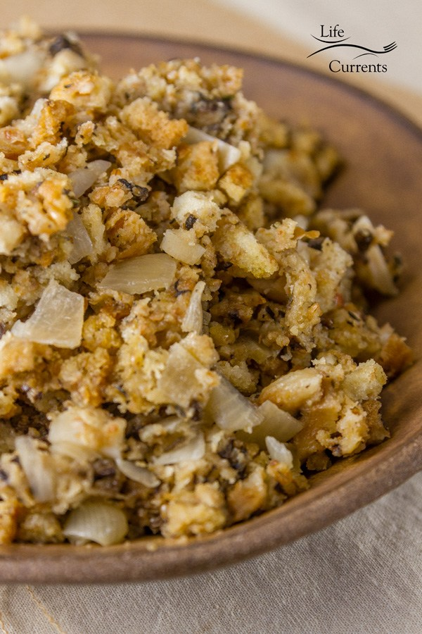9 Slow Cooker Thanksgiving Side Dish Recipes will help with your meal prep. 9 Slow Cooker Thanksgiving Side Dish Recipes are all great options!